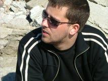 siedząc na plaży Fotografia Royalty Free