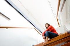 siedząc po schodach Obraz Stock