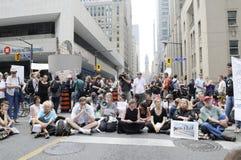 Siedzący protestujący. Obrazy Stock