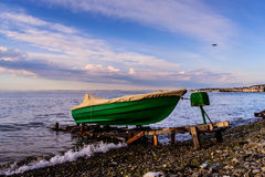 Siedzący rybaka Rowboat Obrazy Royalty Free