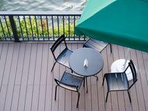 Siedzenia i stół obrazy royalty free