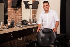 Siedzenia w nasz fryzjera męskiego sklepie Obrazy Royalty Free