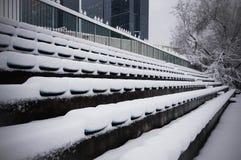 Siedzenia zakrywający śniegiem Obrazy Stock