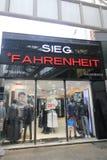 Sieg-fahernheit Shop in Südkorea Lizenzfreies Stockfoto