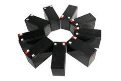 Siegelblei-säure-batterien auf weißem Hintergrund Stockbilder