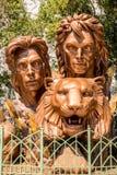 Siegfried- u. Roy-Monumentstatuendenkmal am Trugbild-Hotel und dem Kasino lizenzfreie stockfotos