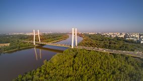 Siekierkowski桥梁在华沙在波兰 免版税库存照片