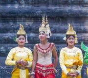 SIEM OOGST, 24 Kambodja-Februari, 2015: Niet geïdentificeerde cambodians in Na Stock Foto