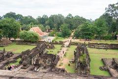 Siem Przeprowadza żniwa, Kambodża, Dec - 01 2016: Bakong w Roluos świątyniach stratocaster gitara elektryczna Zdjęcia Stock