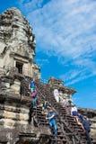 Siem Przeprowadza żniwa, Kambodża, Dec - 05 2016: Goście przy Angkor Wat fama Zdjęcia Royalty Free