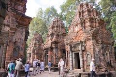 Siem Przeprowadza żniwa, Kambodża, Dec - 01 2016: Preah Ko w Roluos świątyniach A Zdjęcie Royalty Free