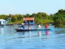 Siem Reap a Battambang/barca - esprima/Cambogia Fotografie Stock