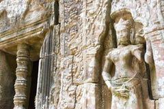 Siem Reap, Cambodge - 11 décembre 2016 : Soulagement au som de ventres dans Angkor a Photographie stock libre de droits
