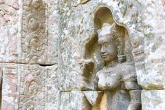 Siem Reap, Cambodge - 11 décembre 2016 : Soulagement au som de ventres dans Angkor a Photographie stock
