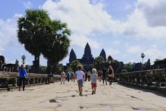 SIEM REAP, CAMBODIA - NOVEMBER 9, 2017: Angkor Wat temple view with tourists Stock Images