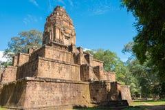 Siem Reap Cambodja - December 05 2016: Baksei Chamkrong i Angkor A Arkivbild