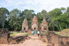 Siem Reap Cambodja - December 01 2016: Preah Ko i Roluos tempel A Royaltyfri Bild