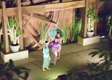 SIEM REAP, CAMBOGIA - 30 GENNAIO 2015: Scena dall'esecuzione classica khmer - ballo antico tradizionale di ballo di Apsara in Cam Immagine Stock Libera da Diritti