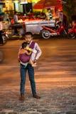 SIEM REAP, CAMBOJA 22 DE MARÇO DE 2013: Crianças cambojanas não identificadas Fotografia de Stock Royalty Free