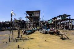 Siem Reap Tonle underminerar Kompong Phluk royaltyfri foto