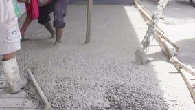 Siemens Trucks Uwalnianie betonu gotowego do wbudowania zbiory wideo