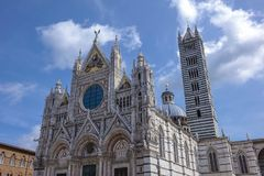 Duomo in Siena, Italy. Siena Cathedral, Cattedrale di Santa Maria Assunta, in white and black marble, Old Town, Siena, Tuscany, Italy, Europe Stock Photo