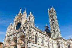 Siena Cathedral, dedicada a la suposición de la Virgen María bendecida imágenes de archivo libres de regalías