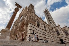 Siena Cathedral Duomo di Siena no por do sol - Siena, Toscânia, Itália Foto de Stock