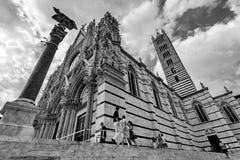 Siena Cathedral Duomo di Siena no por do sol - Siena, Toscânia, Itália Foto de Stock Royalty Free