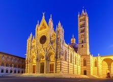Siena Domkyrka på solnedgången Fotografering för Bildbyråer
