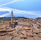 Siena im Stadtzentrum gelegen, Campo Square Piazza Del Campo bei Sonnenuntergang Lizenzfreie Stockfotos
