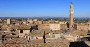 Siena, Italië Panorama van de stad stock video