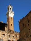 Siena, Italië Torre del Mangia stock afbeelding