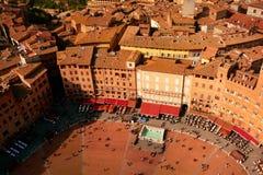 Siena Italys Il Campo-Quadrat von oben Stockbilder