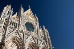 Siena Januari 2017: Medeltida kyrka Royaltyfri Foto