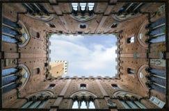 Siena - Palazzo Pubblico e Torre del Mangia fotos de archivo libres de regalías