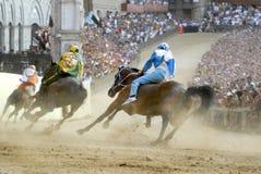 Siena palio Pferdenrennen lizenzfreie stockfotografie