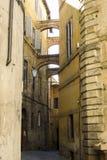 Siena przesmyka ulica i bardzo stary fotografia stock