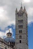 SIENA TUSCANY/ITALY - MAJ 18: Duomo i siena på Maj 18, 2013 Arkivbilder