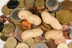 Siendo cacahuetes pagados Fotografía de archivo