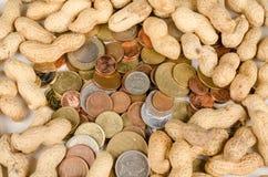 Siendo cacahuetes pagados Foto de archivo