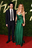 Sienna Miller, Tom Sturridge Stockfotografie
