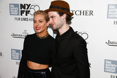 Sienna Miller, Tom Sturridge Royalty Free Stock Photos