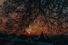 Sienta la puesta del sol fotos de archivo libres de regalías