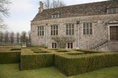 Siepe della casella del Topiary fotografie stock