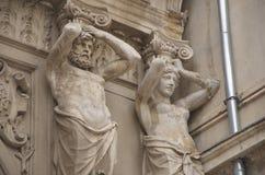 Sier standbeelden van Passage Macca- Villacrosse, Boekarest Stock Afbeeldingen