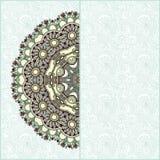Siercirkelmalplaatje met bloemenachtergrond Royalty-vrije Stock Afbeeldingen