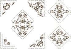 Sierdieelementen en hoeken voor decor op het wit worden geïsoleerd Stock Afbeelding