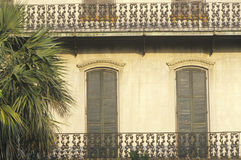 Sierflatvensters en balkon, Savanne, GA Royalty-vrije Stock Afbeelding