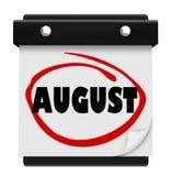 Sierpniowy słowo Ściennego kalendarza zmiany miesiąca rozkład Fotografia Royalty Free